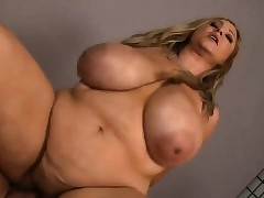 Plump Pornstar sex videos - fat booty porn